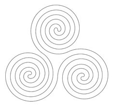 Geometric Spirals to Draw and Doodle: Triple Spiral Doodle Drawings, Tattoo Drawings, Tattoos, Doodle Designs, Zentangle Patterns, Pictures To Draw, Wood Carving, Celtic, Tatuajes