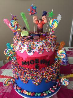 wreck it ralph cake 2 Birthday, Candy Theme Birthday Party, Kylie Birthday, Joint Birthday Parties, Minion Birthday, Birthday Ideas, Vanellope Y Ralph, Birth Celebration, Wreck It Ralph