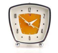 Retro and Vintage Decorative Objects Mid Century Modern Furniture, Midcentury Modern, Retro Clock, Vintage Alarm Clocks, Vintage Decor, Retro Vintage, Atomic Decor, French Clock, Retro Home