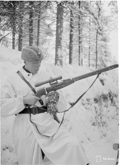 The Finnish Army still lacked sniper rifles and sniper training. Finland captured more sniper rifles during the Finnish Offensive in 1941.