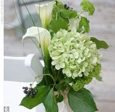 Ceremony aisle marker with pretty florals - love the callas!