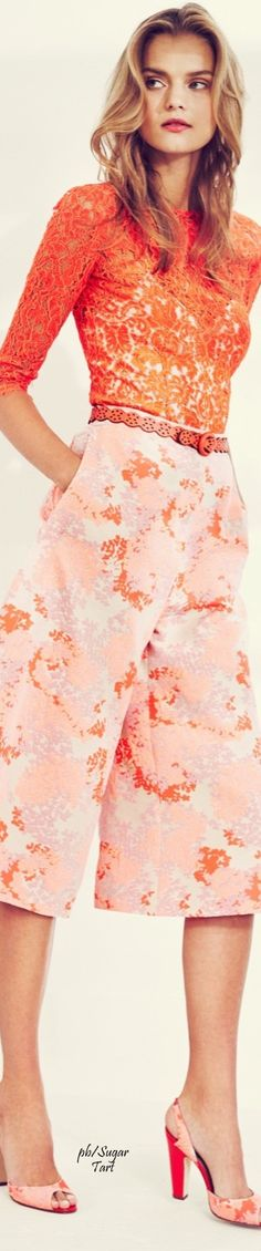 Carolina Herrera ~ Resort Tangerine Lace Top w Multi Print Pant 2016 Runway Fashion, High Fashion, Fashion Show, Fashion Looks, Womens Fashion, Fashion Design, Fashion Trends, Fashion 2016, Carolina Herrera