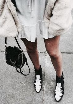 White dress, oversized coat, black and white booties Street style, street fashion, best street style, OOTD, OOTD Inspo, street style stalking, outfit ideas, what to wear now, Fashion Bloggers, Style, Seasonal Style, Outfit Inspiration, Trends, Looks, Outfits.