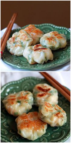 Shrimp and Chive Dumplings - These perfectly wrapped dumplings filled with shrimp and chives are a quick fix when you need dumplings fast. Seafood Recipes, Appetizer Recipes, Cooking Recipes, Appetizers, Great Recipes, Favorite Recipes, Asian Snacks, Asian Cooking, Mets