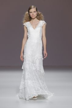 Cymbeline Indulgence Wedding Dress Size 40 Brand New Unaltered. Delivered May 2016, all receipts. This dress has NEVER BEEN WORN. For sale GBP 1,200 Contact: lynnemccoubrey@hotmail.co.uk