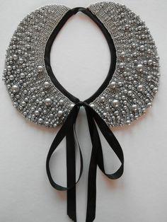 Handmade pearl collar