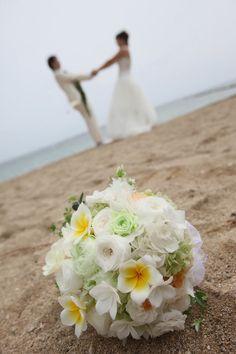 新郎新婦様からのメール ハワイへのプルメリアブーケ : 一会 ウエディングの花