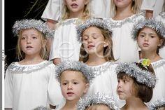 Fichies Gr R Kerskonsert Girls Dresses, Flower Girl Dresses, Wedding Dresses, Flowers, Fashion, Dresses Of Girls, Bride Dresses, Moda, Bridal Gowns