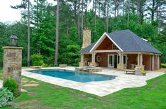 pretty pool in backyard Pool House Shed, Pump House, Pool Houses, Outdoor Pool, Outdoor Spaces, Outdoor Living, Building A Pool, Metal Building Homes, Swimming Pool Designs