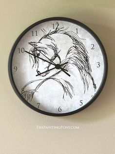 rustic bedroom decor Rustic Horse head Sketch Wall Clock - The Painting Pony Bri Neutral Bedroom Decor, Rustic Bedroom Design, Bedroom Ideas, Equestrian Bedroom, Equestrian Gifts, Horse Gifts, Gifts For Horse Lovers, Rustic Wall Clocks, Old Wall