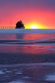 (Grand Haven, Michigan by Kevin Ryan)