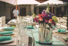 centros_mesa_empresas_las_tres_sillas14 Food Challenge, Flower Centerpieces, Table Decorations, Flowers, Wedding, Home Decor, Boda Ideas, Prado, Aurora
