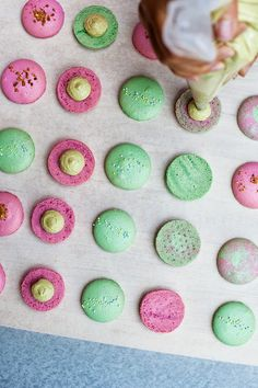 Jennifer Chong: Lan's Macarons. Finally an easy recipe