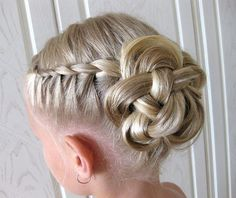 Kids Hairstyles Braids : 35 Cute & Fancy Flower Girl Hairstyles for Every Wedding - Hairstyles Trends Network : Explore & Discover the best and the most trending hairstyles and Haircut Around the world Flower Girl Updo, Flower Girl Hairstyles, Dance Hairstyles, Little Girl Hairstyles, Pretty Hairstyles, Braided Hairstyles, Flower Girls, Flower Bun, Children Hairstyles