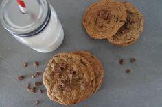 Hej på er! Igår bakade jag Chocolate Chip Cookies igen. Det är liksom en av mina favoritkakor så det blir ju lätt ett återkommande tema. ;) Dessa blev verkligen som en riktig Café kaka! Sådär havre…