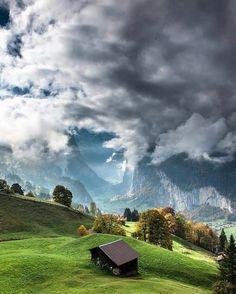 Switzerland, Wengen | Photo by @scotts_shotz