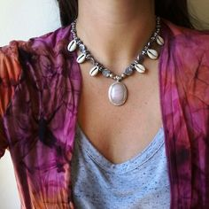 Collar Necklace Boho bohojewelry cuarzo rosa cowrie apadiseño uruguay handmade montevideo piedras naturales