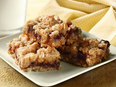 Yum! Check out the Cinnamon Oatmeal Bars from Lucky Leaf. I'm going to try it, and you should too!