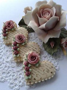 Super ideas for vintage wedding food cup cakes - Cupcake Baby Shower Ideen Elegant Cookies, Fancy Cookies, Valentine Cookies, Vintage Cookies, Iced Cookies, Cute Cookies, Sugar Cookies, Valentines, Heart Cookies