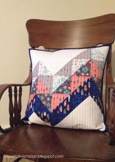 St. Louis Folk Victorian // ELEVATION pillow - Camelot Fabrics : What A Gem collection