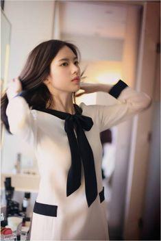 Post with 43 views. Korean Beauty, Asian Beauty, Asian Fashion, Girl Fashion, Yoon Sun Young, Pretty Asian, Cute Beauty, Office Looks, Korean Model