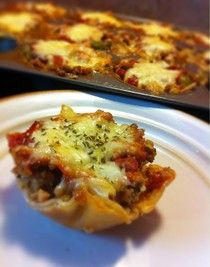 Chicks and Whisks: Lasagna Cupcakes – Kids friendly dinners for picky eaters Appetizer Recipes, Snack Recipes, Kid Recipes, Healthy Recipes, Appetizers, Kid Friendly Dinner, Kid Friendly Meals, Lasagna Cupcakes, Lunch Snacks