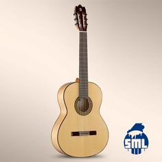 Guitarras de flamenco Alhambra, compre no Salão Musical de Lisboa - Instrumentos Musicais. Se procura uma guitarra com a sonoridade típica para flamenco, as guitarras da série F da alhambra são as adequadas para si.