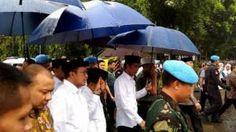Jokowi JK Shalat Jumat Bersama Peserta Aksi 212