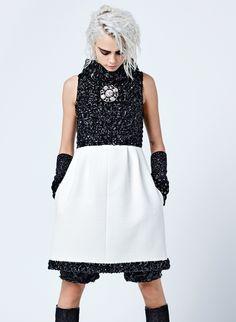 Ad Campaign: Chanel Fall/Winter 2017-2018 Model: Cara Delevingne, Lily-Rose Depp Photographer: Karl Lagerfeld Fashion Editor: Carine Roitfeld Hair: Sam McKnight Make Up: Tom Pecheux PART I