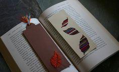 Marcadores de libros bordados en lana.jpg