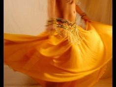 Belly dance turns: the toe turn