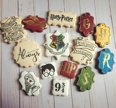 Harry Potter Desserts, Gateau Harry Potter, Harry Potter Bday, Harry Potter Birthday Cake, Harry Potter Halloween, Harry Potter Decor, Galletas Cookies, Cute Cookies, Sugar Cookies