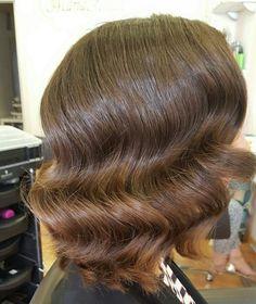 #ondas muy marcadas estilo vintage años 20 (realizado por María). Maquillaje muy natural (realizado por Tere). #MaríaRosales #boda #Granada #invitada 958058517