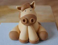 how to make fondant horse ribbons Fondant Horse, Fondant Animals, Horse Cake, Horse Horse, Fondant Flower Cake, Fondant Cakes, Fondant Bow, Fondant Figures, Horse Ribbons