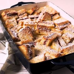 PB&J Bread Pudding - - This is a PERFECT bread pudding. Feel free to swap out different jams and/or breads to really make it your own! Pudding Desserts, Dessert Recipes, Dessert Food, Drink Recipes, Peach Bread Puddings, Delicious Desserts, Yummy Food, Healthy Food, Baking Recipes