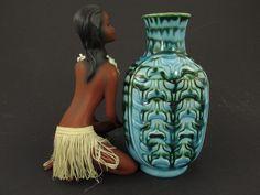 Vintage Vase von Ü-Keramik (Uebelacker) / Relief-Vase / Modell 1244 17 | West German Pottery | 60er von ShabbRockRepublic auf Etsy