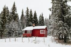 Red cabin by Lyes. Please Like http://fb.me/go4photos and Follow @go4fotos Thank You. :-)