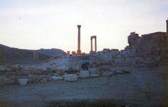 http://www.migladin.com/migtravel/Palmyra_1994_0419