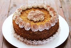 Tort cu nuca coapta si ciocolata - Desert De Casa - Maria Popa Something Sweet, Vanilla Cake, Pie, Baking, Desserts, Recipes, Food, Romania, Agriculture