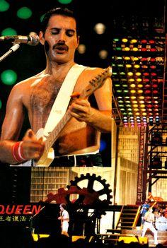 Freddie Mercury, 1984. i-will-be-a-legend on Tumblr
