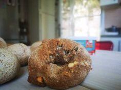 Αφράτα τυρόψωμα με ζυμάρι ολικής Bagel, Bread, Food, Meals, Breads, Bakeries, Yemek, Patisserie, Eten