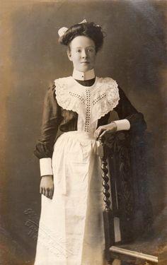 Edwardian maid uniform