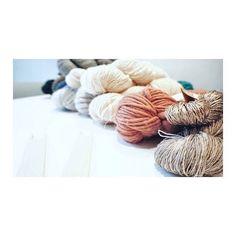 Wonderful world of yarn #inspiration by elee follow me for daily  . . . . . #weaving #creative  #art #elee #fiberart #textile #artobject #art #handmade #nplusn #softandstrong  #knitting #yarn #cute #analog #colorful #artist #artsy #instaart #beautiful #instagood #gallery #masterpiece #photooftheday #instaartist #artoftheday #shopping