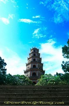 #ThienMu #pagoda #Hue Please like, share, repin or follow us on Pinterest to have more beautiful pictures. http://hoianfoodtour.com/