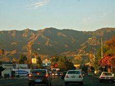 Looks like Olive Blvd.Heading up to Burbank Hills.