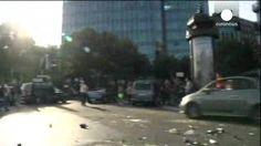 Disturbios y carreteras cortadas en la huelga de taxistas franceses contra UberPop