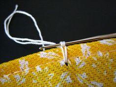 Bico de Crochet  em Cruz  A Pedido de duas amigas blogueiras  preparei o Tutorial ou PAP  (Passo a Passo) de um bico de crochet  muito simpl...