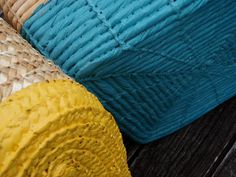 Spiral Style: DIY: Plasti Dip Projects - Great way to prevent baskets from scratching surfaces or make them waterproof Big Basket, Craft Projects, Craft Ideas, Diy Ideas, Project Ideas, Decorating Ideas, Air Dry Clay, Old Antiques, Furniture Making