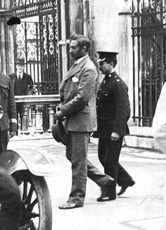 LEGENDARY human rights activist, Irish nationalist and British consular officer Roger Casement w. Pentonville Prison, Roger Casement, Ireland 1916, Irish Independence, Human Rights Activists, Gallows, Trials And Tribulations, Hanging Photos, Donegal