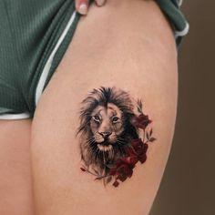 #mordadtattoo #animaltattoo #liontattoo #flowertattoo #colorfultattoo #leaftattoo #legtattoo #tattooart #smalltattoo #smalltattoos #tattoo Lion Head Tattoos, Tribal Sleeve Tattoos, Tattoos Skull, Rose Tattoos, Leg Tattoos, Body Art Tattoos, Arm Tattoo, Celtic Tattoos, Chest Tattoo